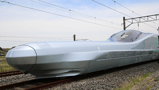 Shinkansen Alfa-X Bullet Train